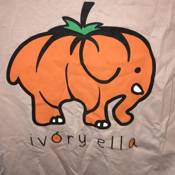 4d19de400 ivory ella Tops - Ivory Ella pumpkin long sleeve